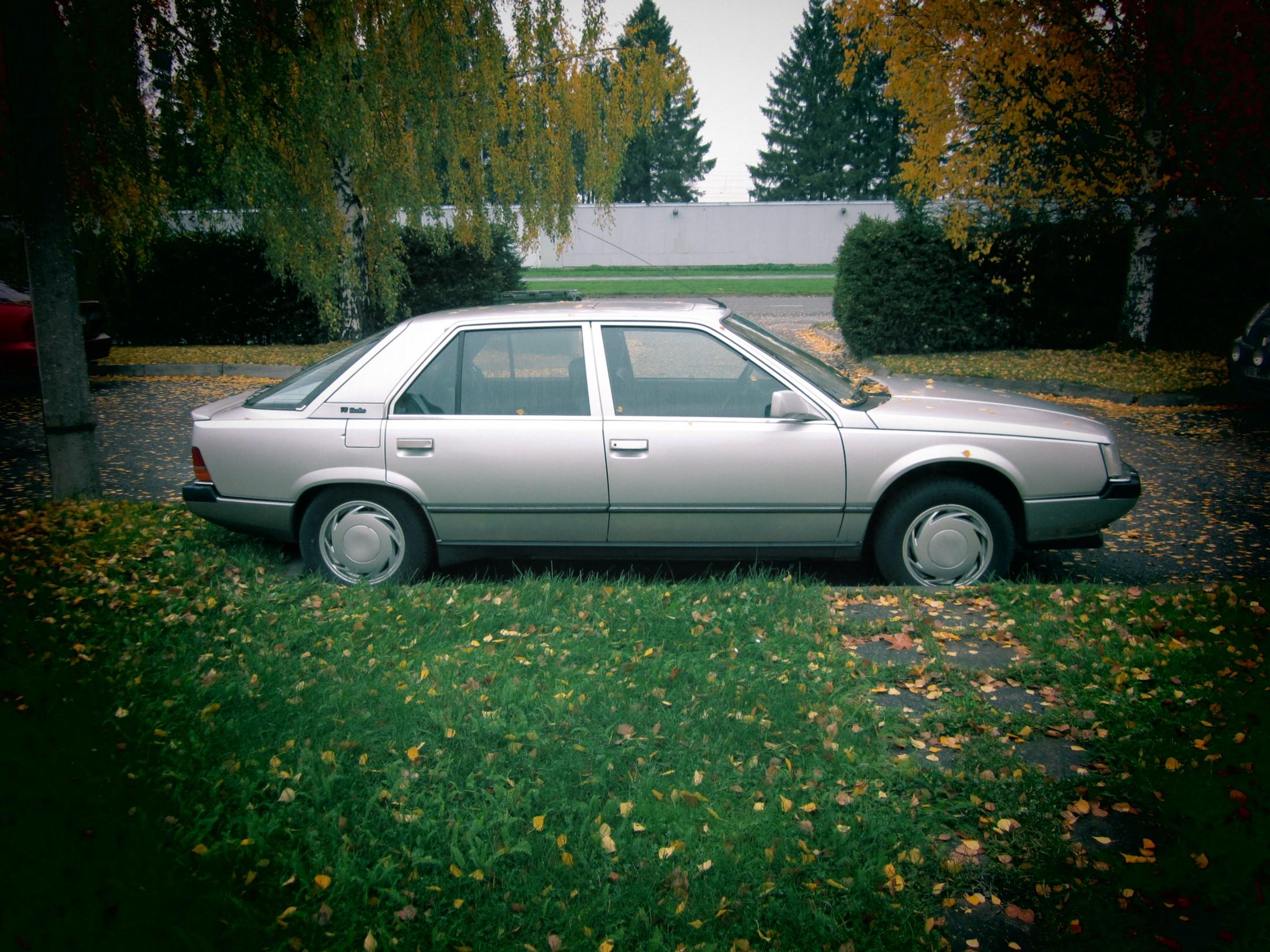 Rääkiv auto – Renault 25 V6 Turbo