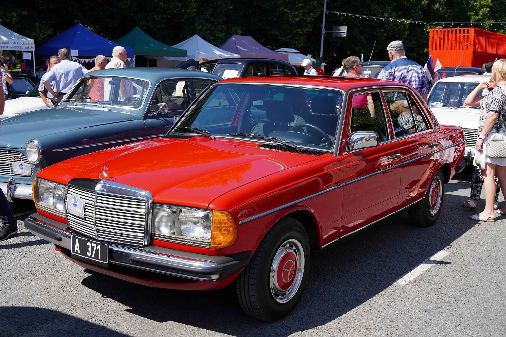 Ringiga tagasi. Mercedes-Benz W123